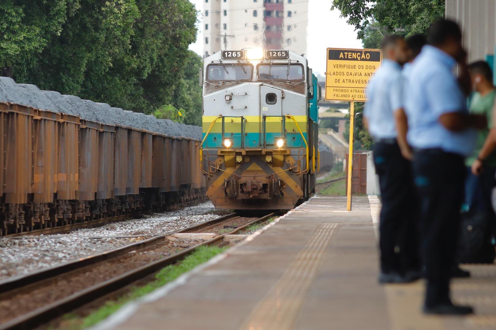 Em momentos de crise, os ferroviários percebem a importância do próprio ofício