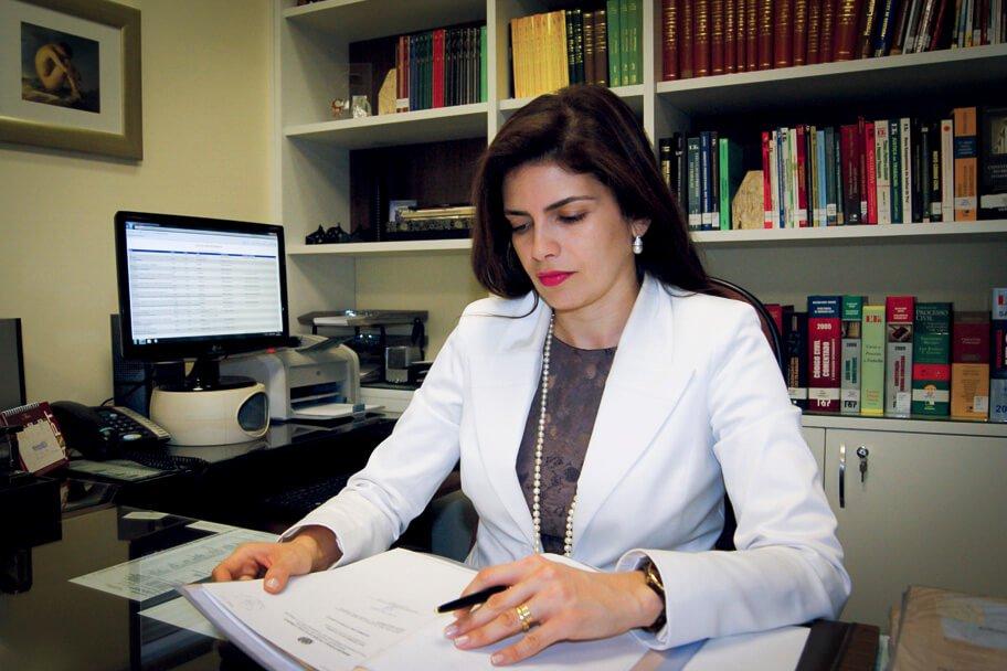 A procuradora regional do Trabalho IIeana Neiva Mousinho acredita que um vigilante extenuado não terá capacidade plena de reação a um ataque