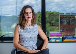 Maria da Penha: fogo vira arma para intimidar mulheres e ocultar crimes no DF