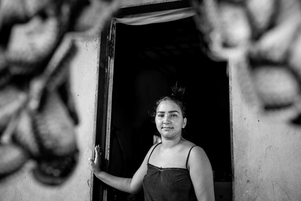 Jéssica mora perto da casa onde a mãe foi assassinada no Sol Nascente