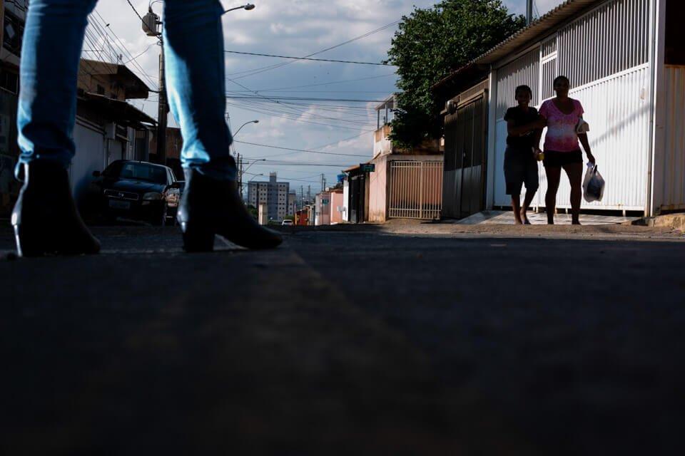 A vítima foi assassinada em uma rua de Ceilândia (DF) frequentada por usuários e vendedores de droga