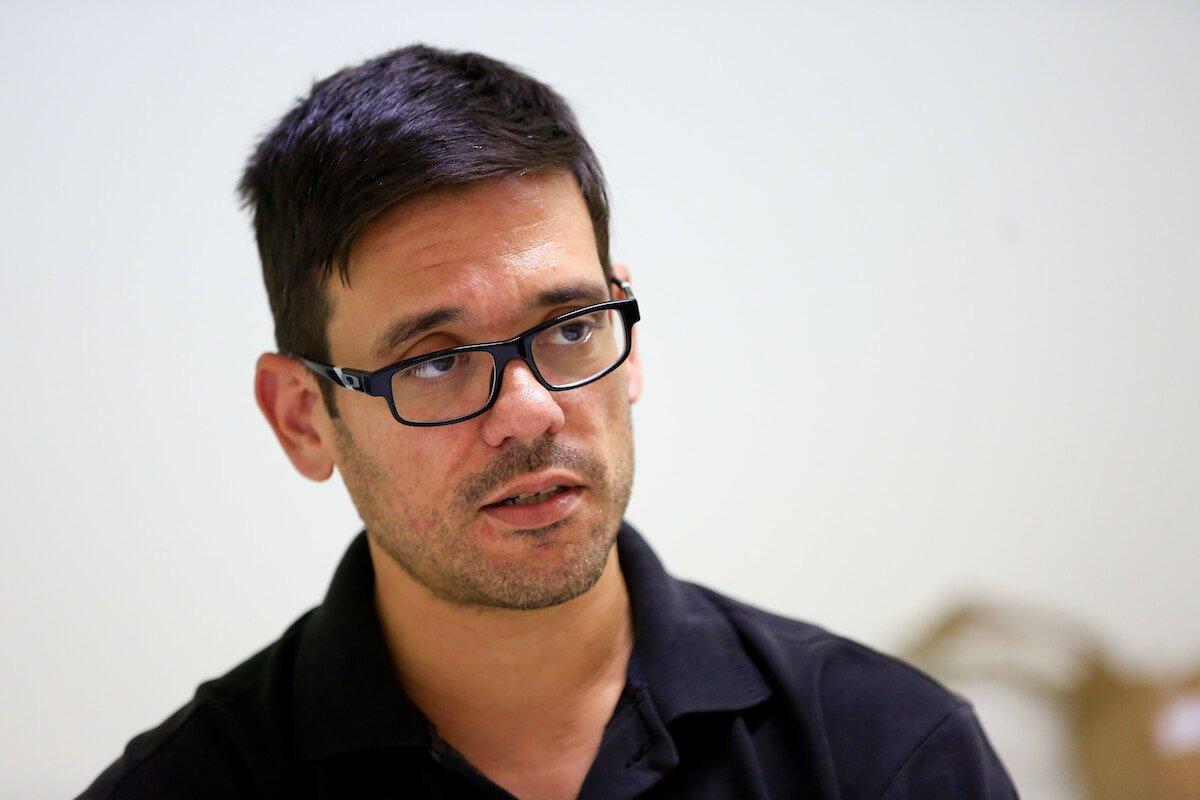 O delegado adjunto Paulo Henrique de Almeida estava na 12° DP no dia do crime