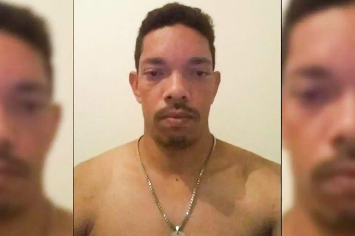 Jhonnatan Neto foi preso em flagrante após esfaquear a ex-namorada
