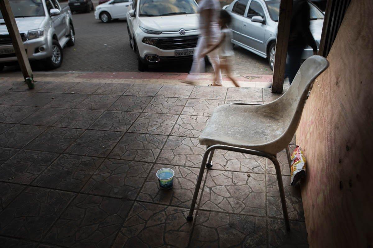 Maria de Jesus trabalhava como ambulante na Praça Vila Dimas, em Taguatinga Sul, vendendo capas de celular e potes de plástico