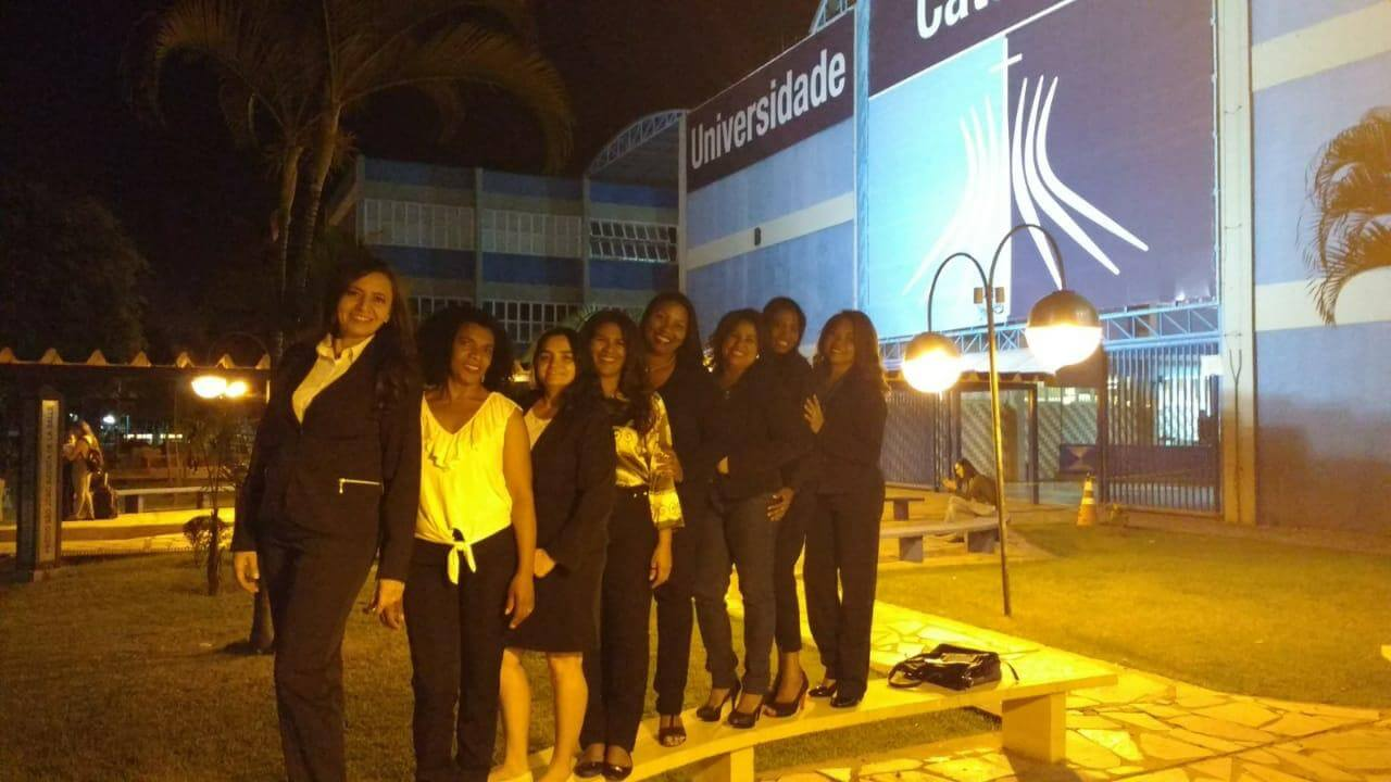 Lina cursou Serviço Social na Universidade Católica de Brasília