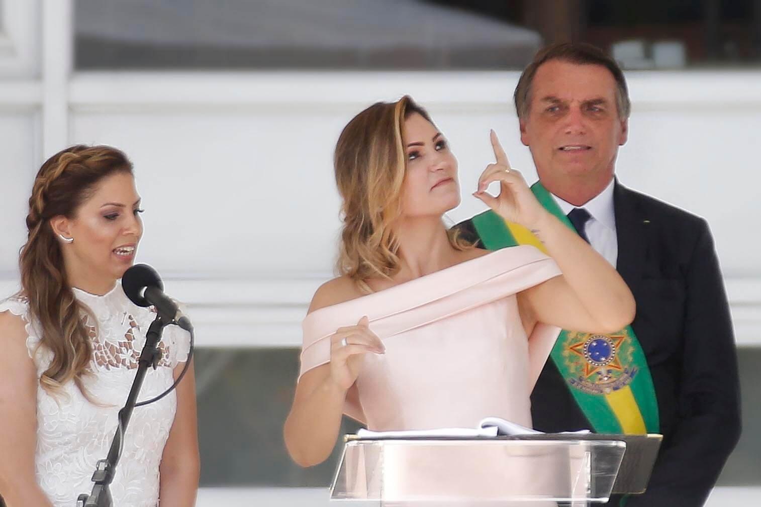 A imagem marcou a estreia pública dessa mulher de 37 anos que ocupa um dos postos mais relevantes em Brasília