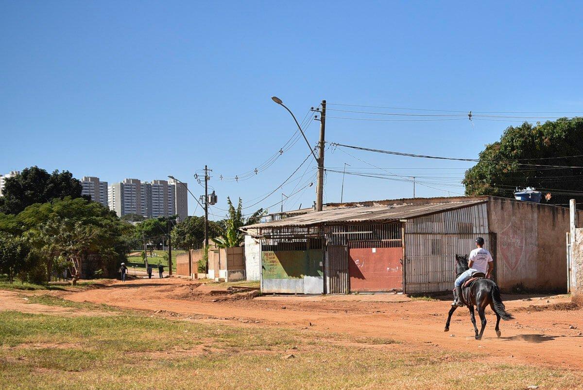 Segundo a Codeplan, 26% de crianças e jovens do Sol Nascente e do Pôr do Sol nunca frequentaram a escola