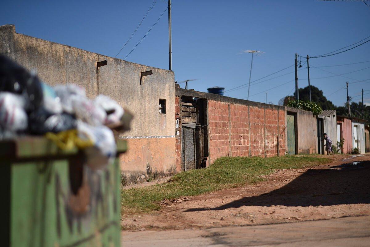A casa da avó materna de Michelle Bolsonaro fica em uma área do Sol Nascente na divisa com Águas Lindas