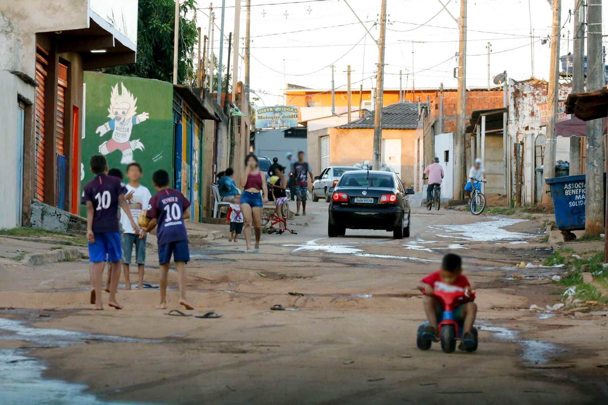Cerca de 40% da população do Sol Nascente e do Pôr do Sol não têm emprego nem estuda