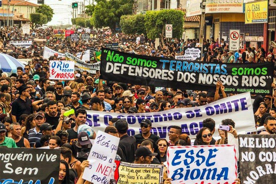 Manifestação de ribeirinhos reuniu 6 mil pessoas em Correntina em dezembro de 2017. Arquivo cedido ao Metrópoles