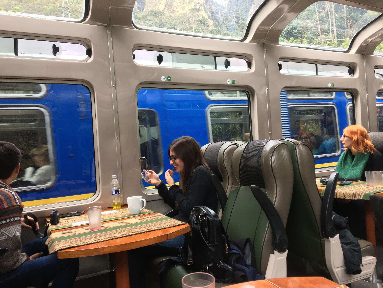 A viagem no trem panorâmico fica ainda mais bonita